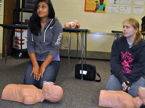 Girls at Union learn CPR