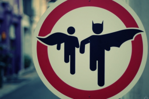Photo: Superbatgirl14 / deviantart.com